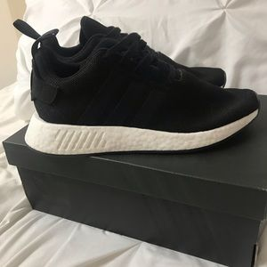 Adidas NMD R2 nmd Shoes size 7 men's (8 women's)